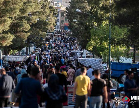 <h5>جمعه بازار کرونایی کرمانشاه همزمان با حضور وزیر بهداشت و قرمز بودن وضعیت</h5><br><div> ... </div>